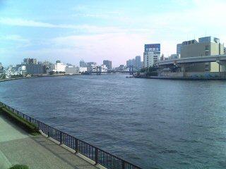 土曜日の隅田川